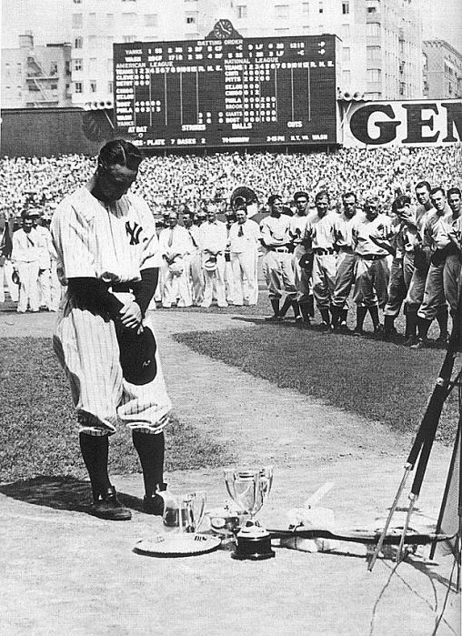 lou gehrig s farewell speech View lou gehrig is pictured sobbing while giving his famed speech at yankee  stadium on july 4, 1939 pictures and other july 4, 1939 will forever be known.